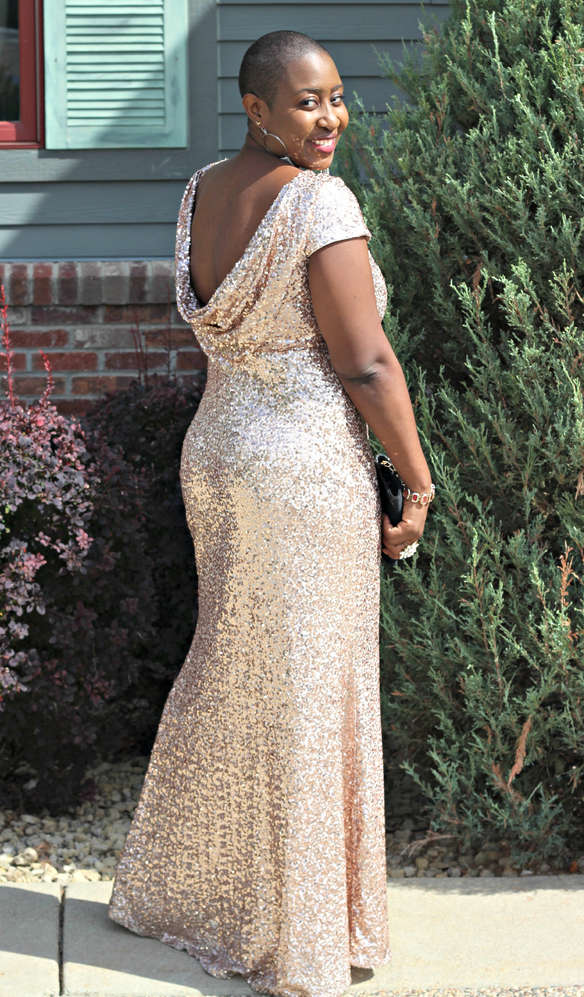 Badgley Mischka Sparkly Gold rose dress 31