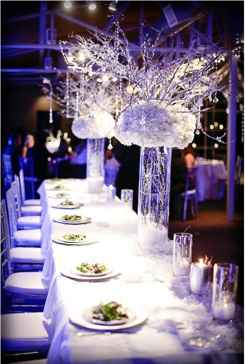 Winter-Wedding-Reception-Table-Decorations