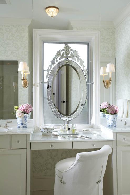 Decor pad Vanity Mirror