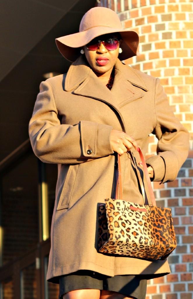 Wrap dress and oversized coat 42