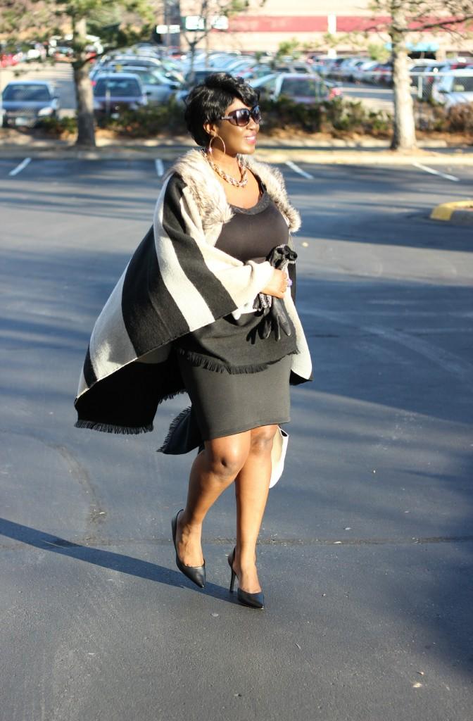 Gray and black Poncho Fur 27