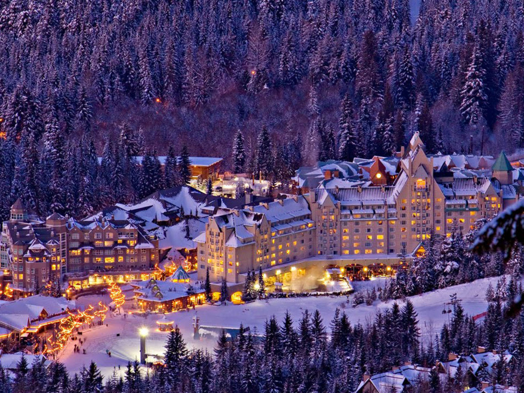 Whistler_Beautiful_Christmas_Night