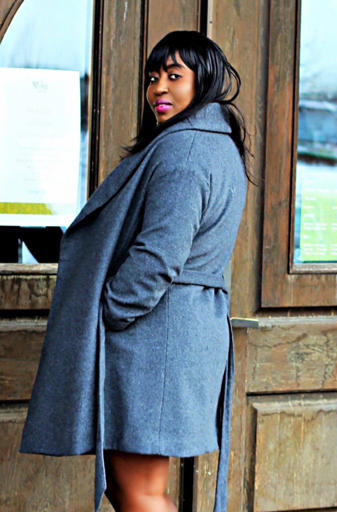 all gray coat outfit for the spring fall or winter