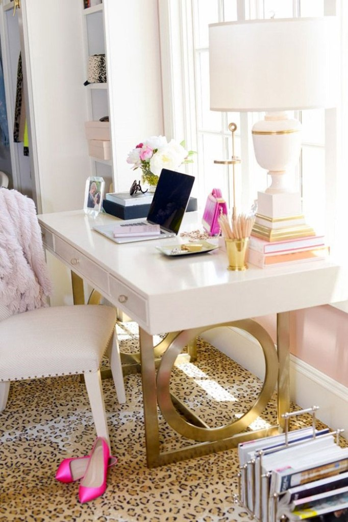 feminine-home-office-idea