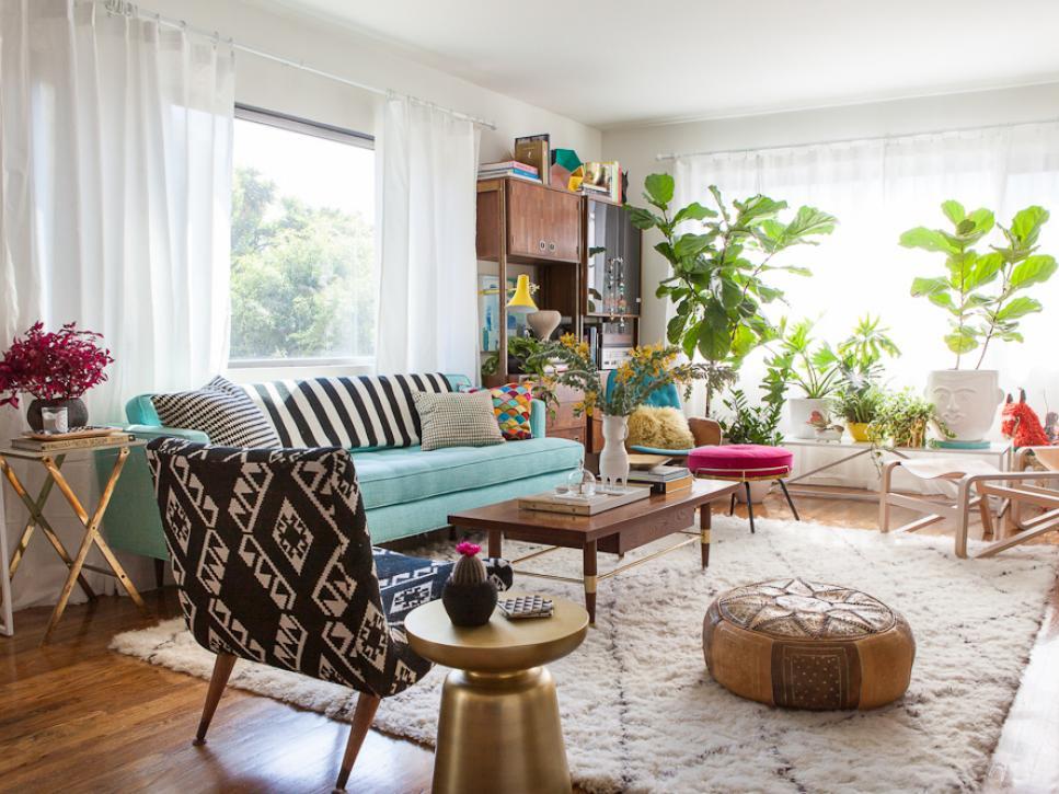 Original_Jeanine-Hays-New-Living-Room-Color-Palettes-1-Emily-Henderson_h.jpg.rend.hgtvcom.966.725