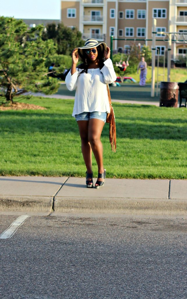 Off-shoulder-white-top-and-shorts-and-hat 2