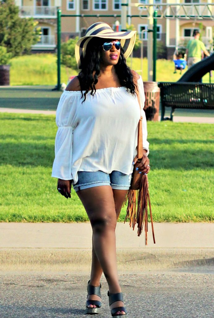 Off-shoulder-white-top-and-shorts-and-hat 7