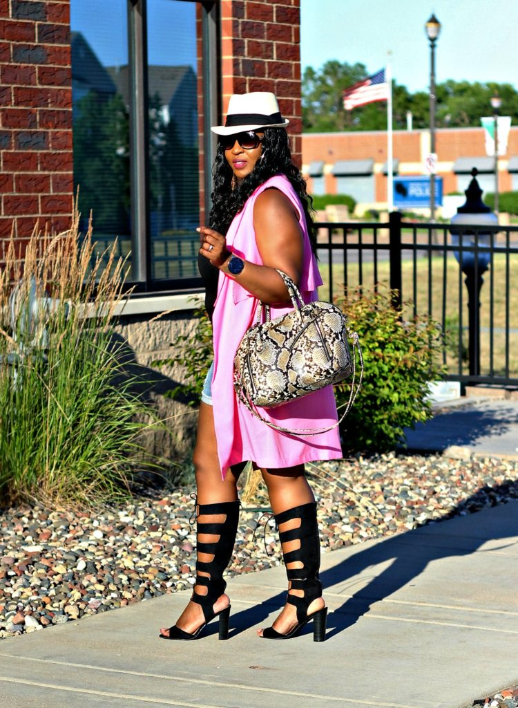 Shorts-pink-vest-and -lace -up-gladiators!!! !!!