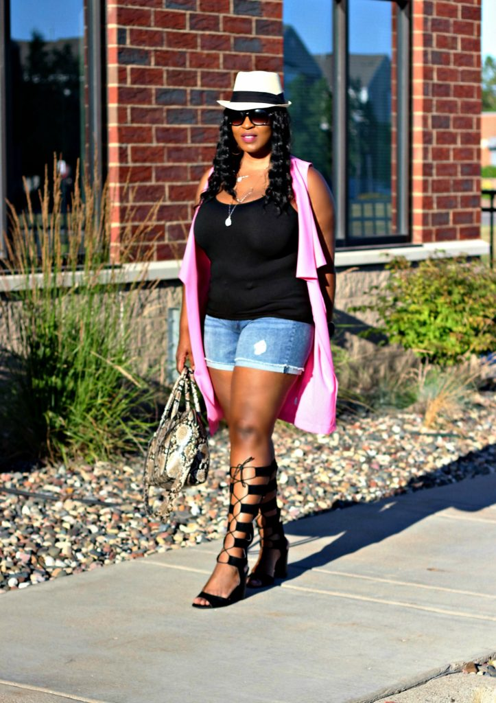 Shorts-pink-vest-and -lace -up-gladiators 67