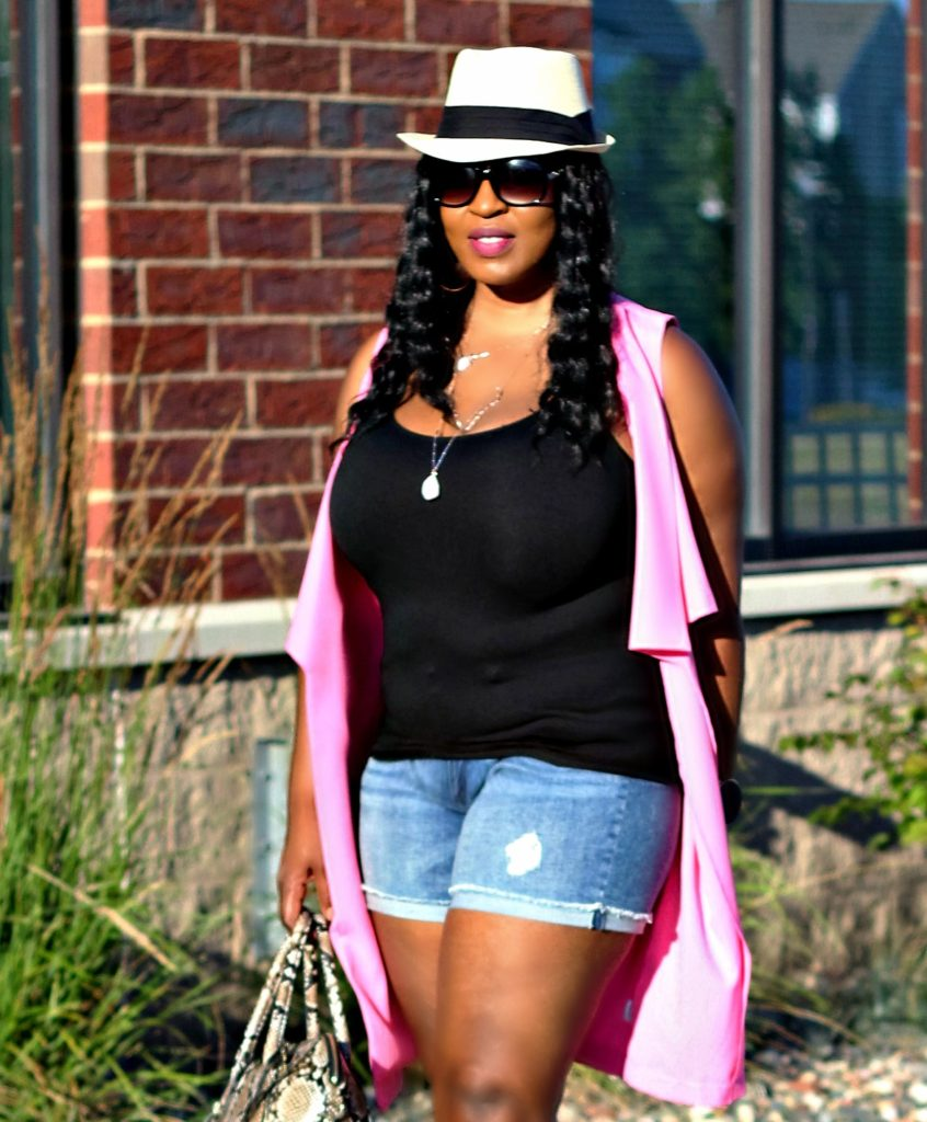 Shorts-pink-vest-and -lace -up-gladiators shoes