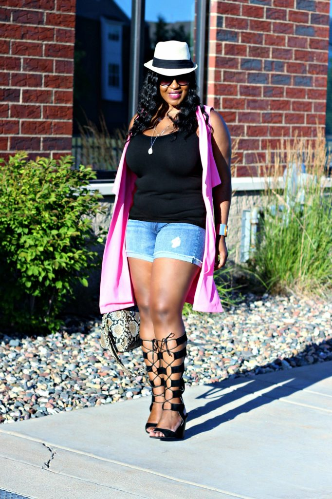 Shorts-pink-vest-and -lace -up-gladiators1 3