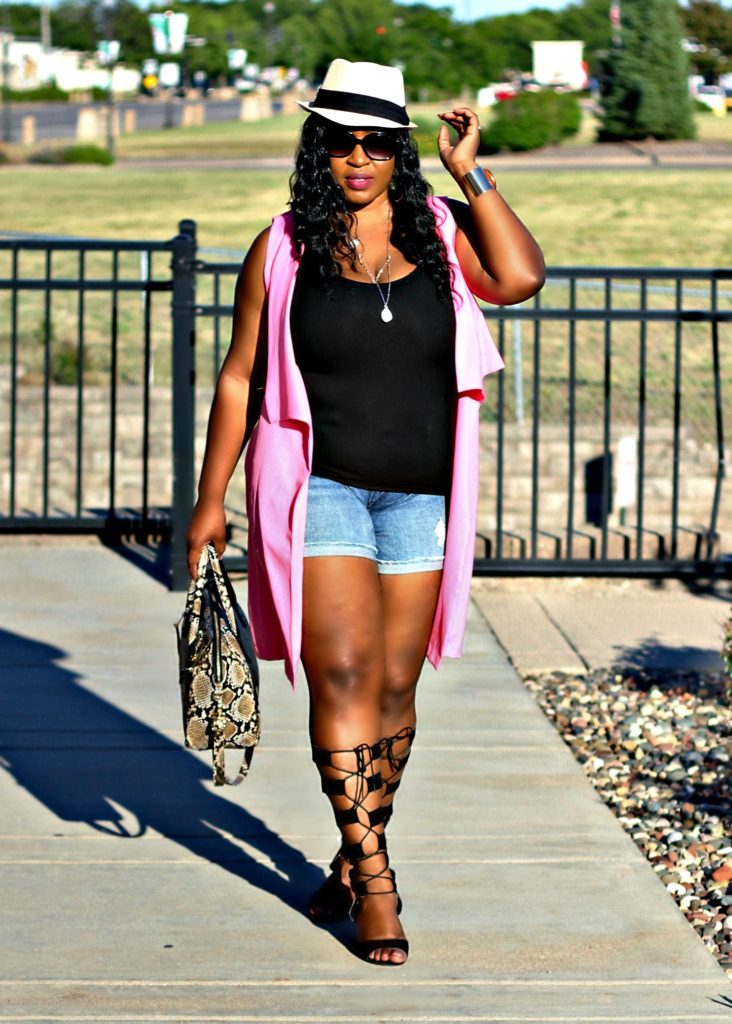 beautiful-pink-vest- and jeans -and -lace -up-gladiators-shoes 10 !