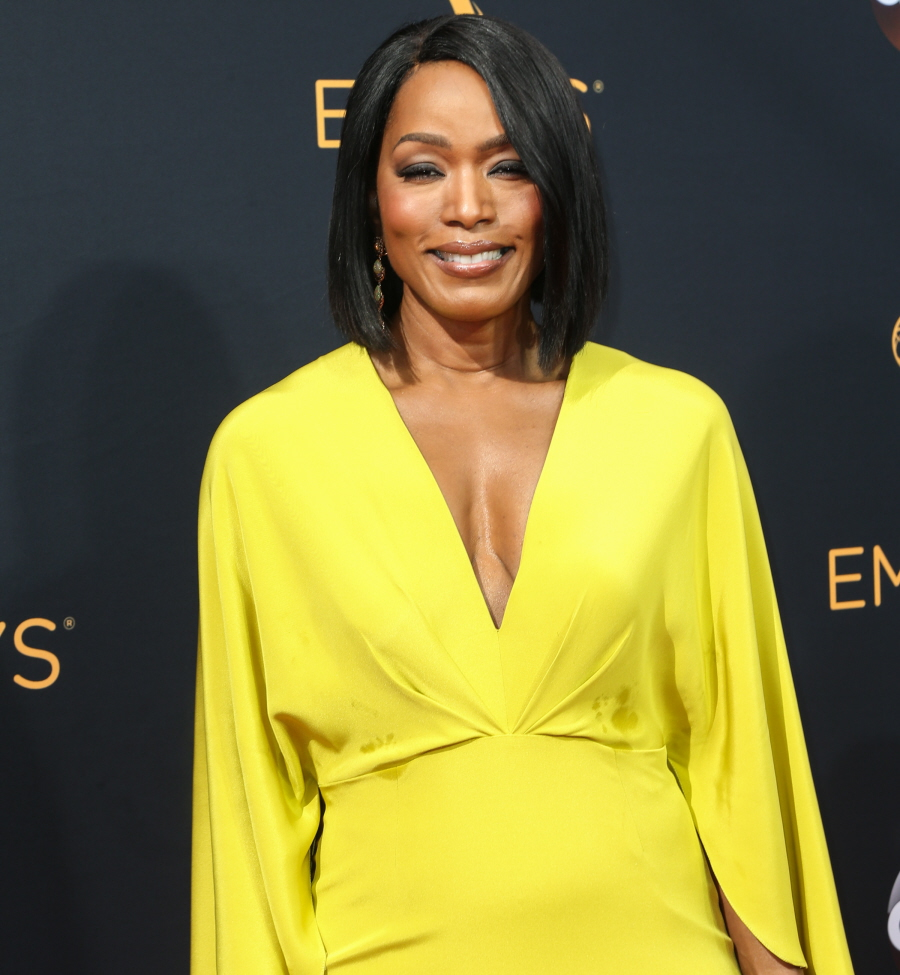 angella-basset-at-the-emmy-hypnoz-glam