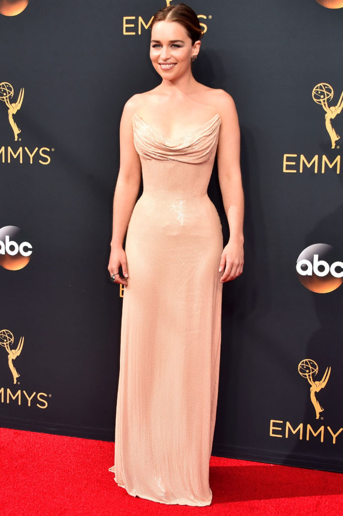 LOS ANGELES, CA - SEPTEMBER 18: Actress Emilia Clarke attends the 68th Annual Primetime Emmy Awards at Microsoft Theater on September 18, 2016 in Los Angeles, California. (Photo by Alberto E. Rodriguez/Getty Images)
