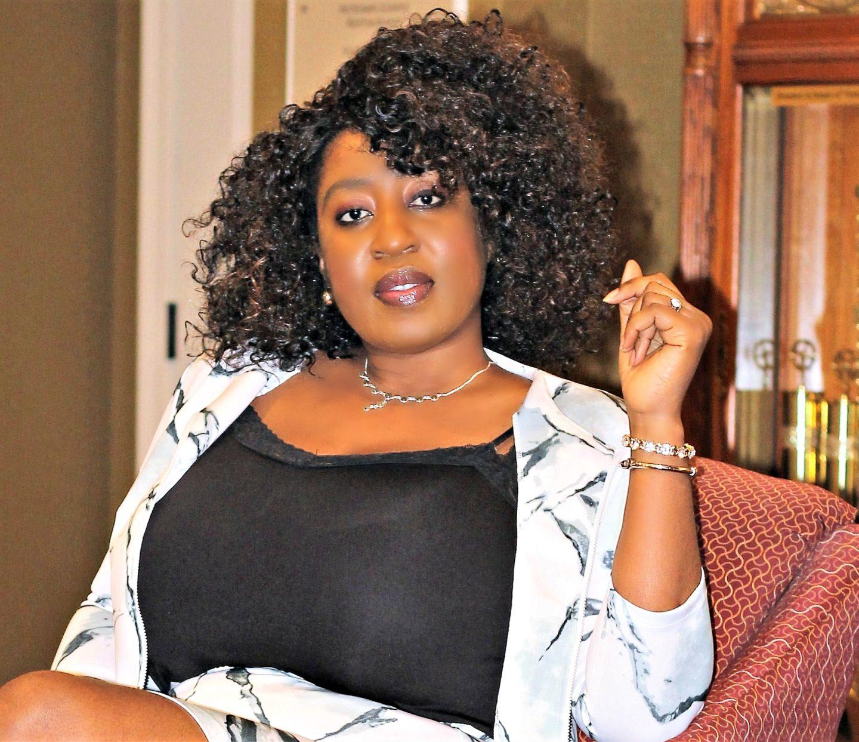 beautiful-black-woman-with-curly-hair-crop-top1jpg