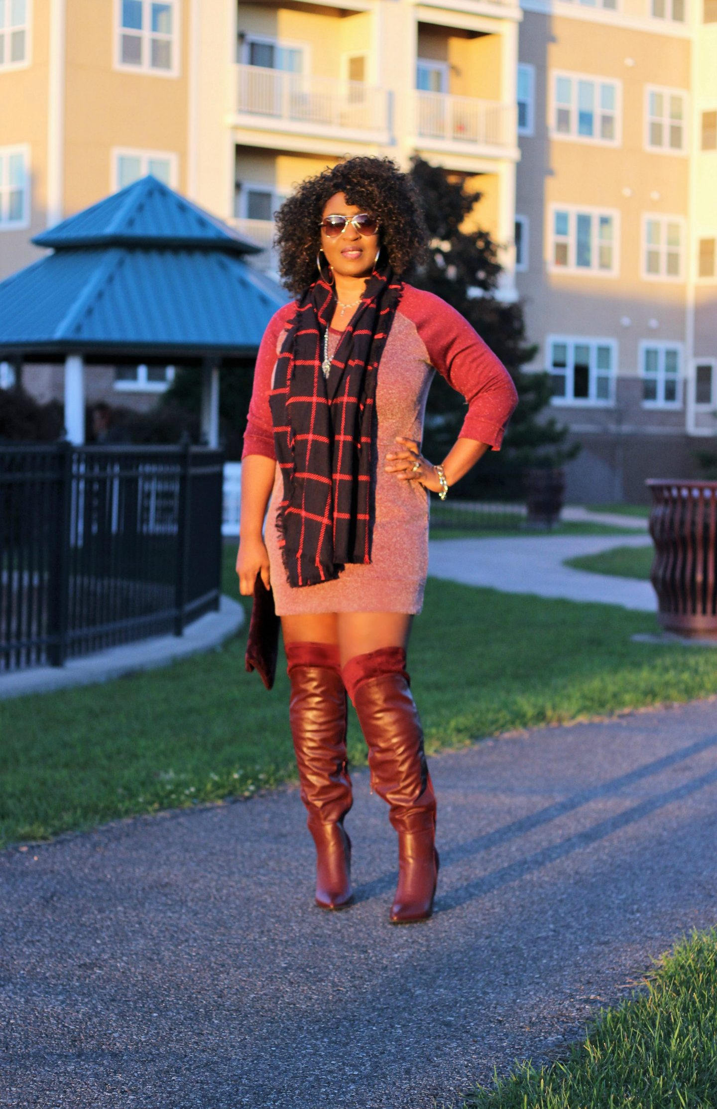 burgundy-oxblood-boots-sweater-fall