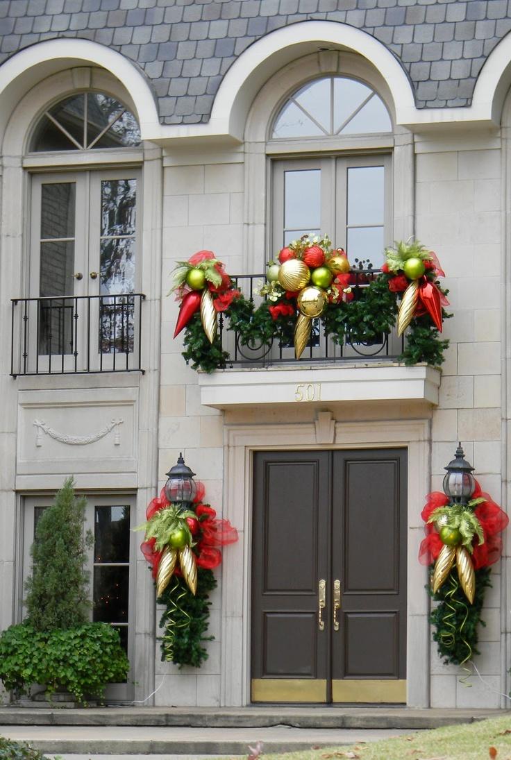 christmas-entry-porch_84