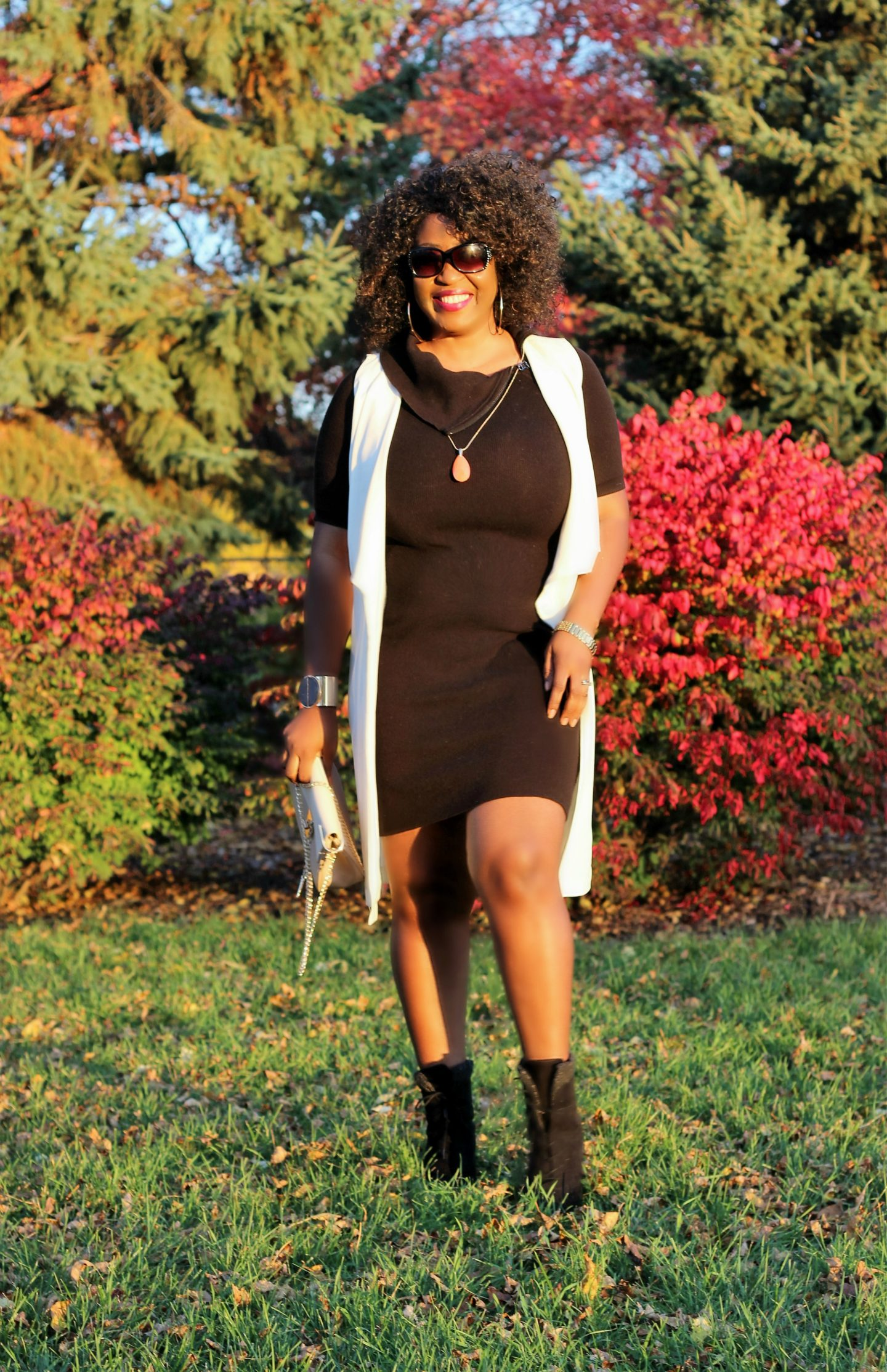 black-dress-white-vest-and-boots13