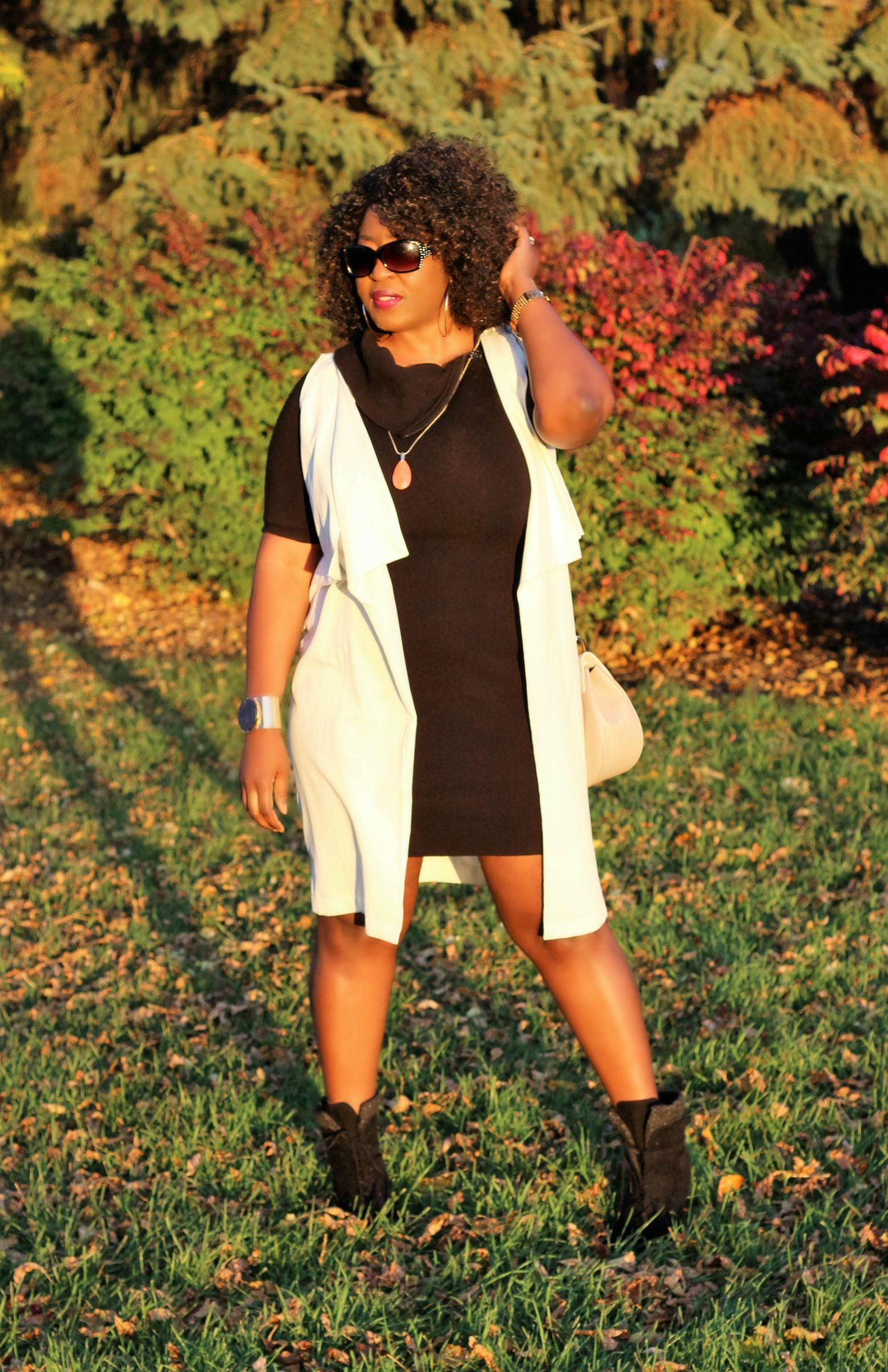 black-dress-white-vest-and-boots2