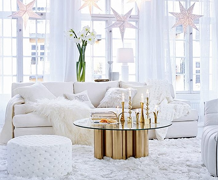 White Christmas Decor 1