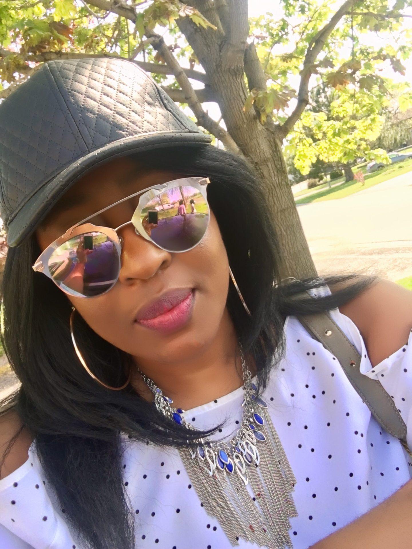 black-cap-polkadot-coldshouder-mirrored-sunglasses