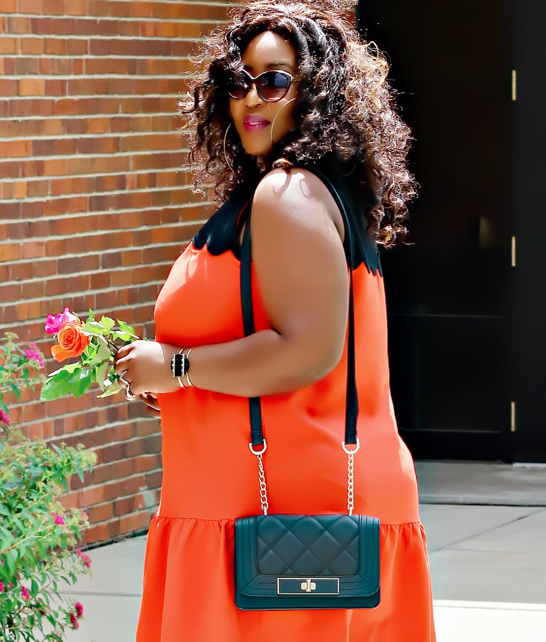 Summer chic | The little orange dress