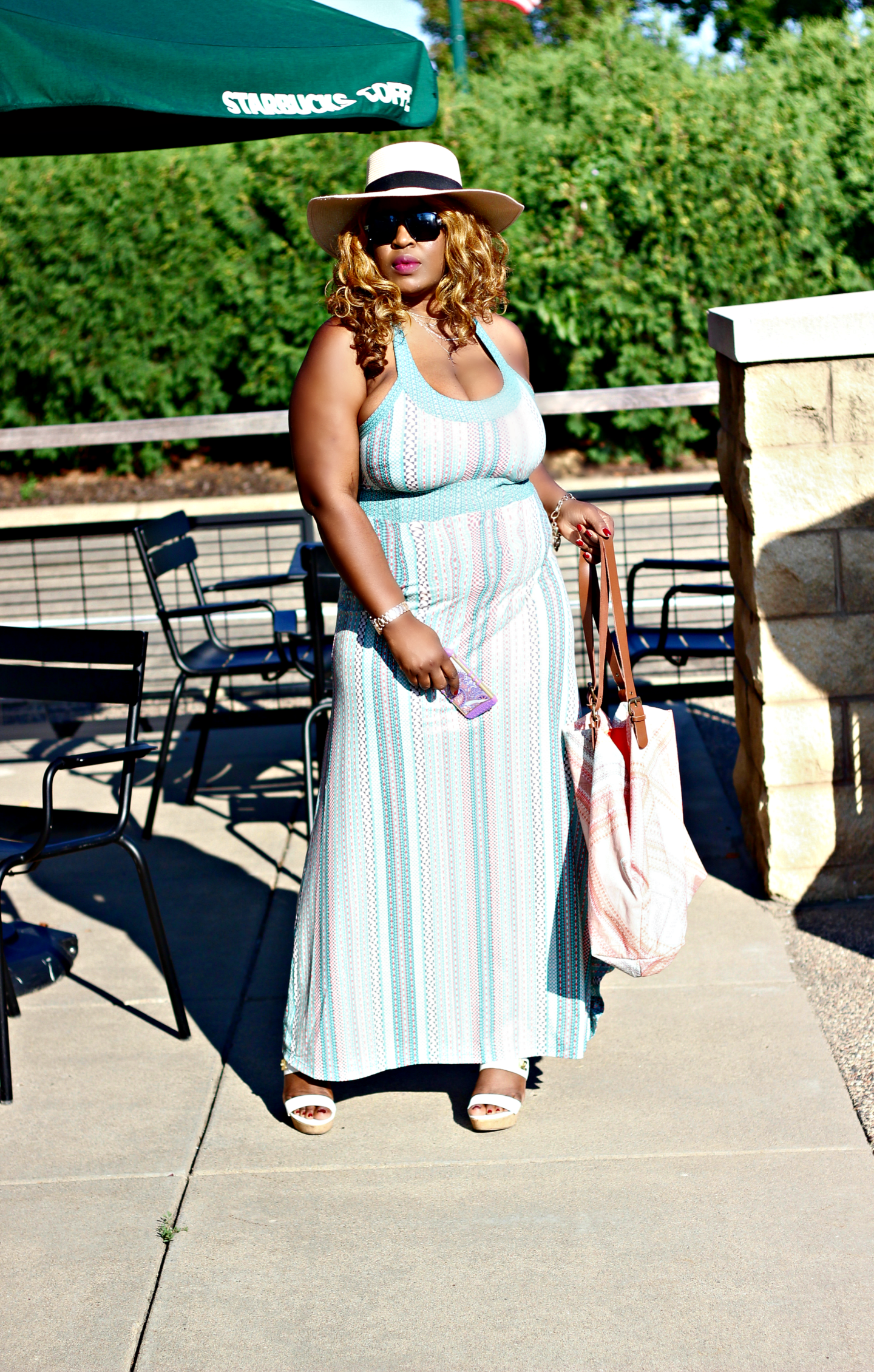 Summer-maxi-dress-and-hat