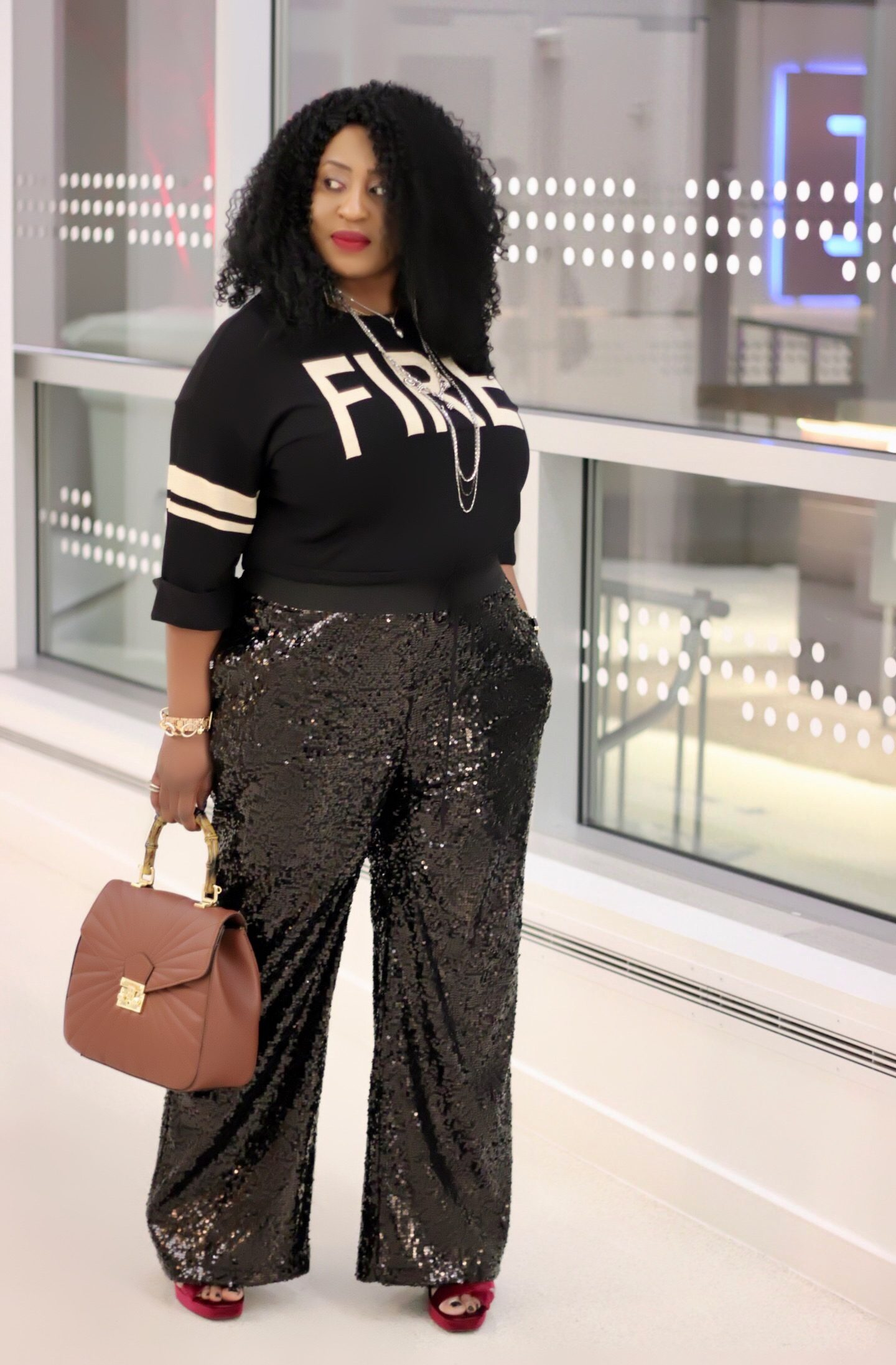 beautiful-top-black-fashion-bloggers