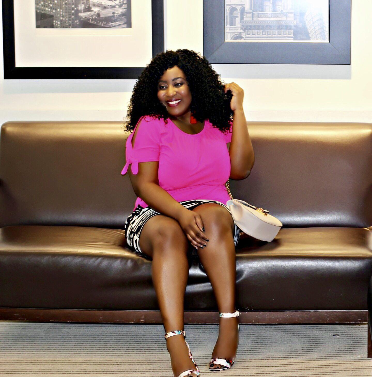 Black-top-fashion-bloggers