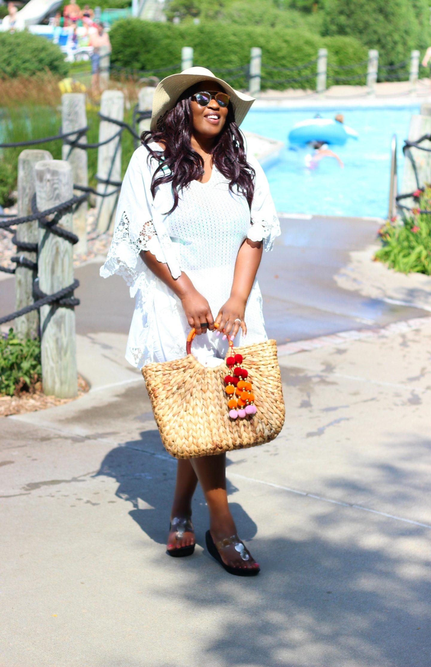 Black-plus-size-fashion-blogger