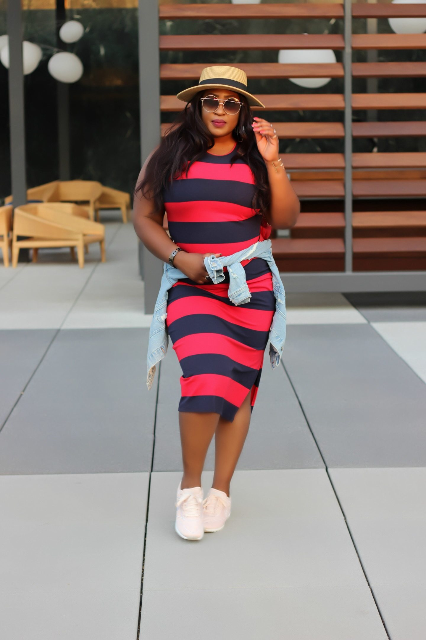 Beautiful-plus-size-fashion-blogger