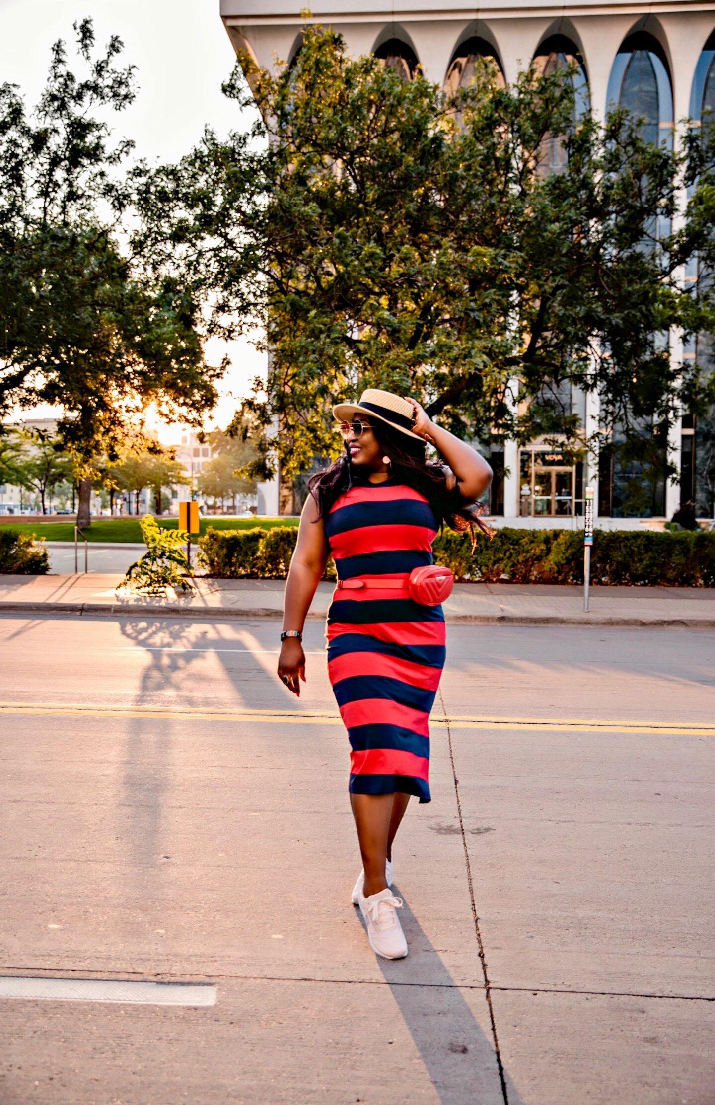 Beautiful-knit-striped-dress-outfit
