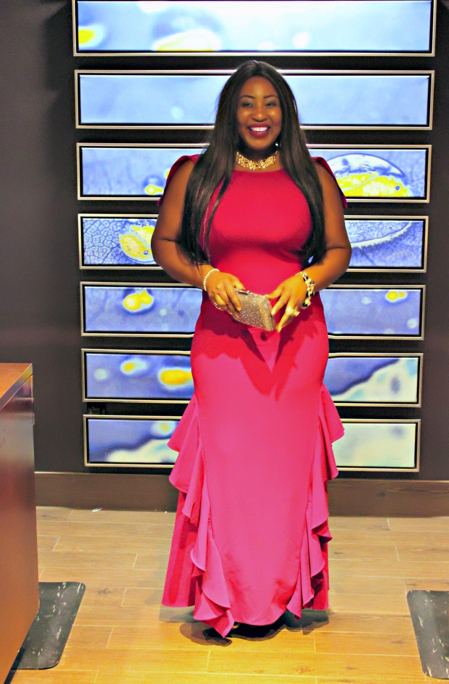 Black-beautiful-fashion-blogger