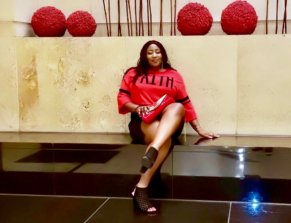Black-beautiful-blogger