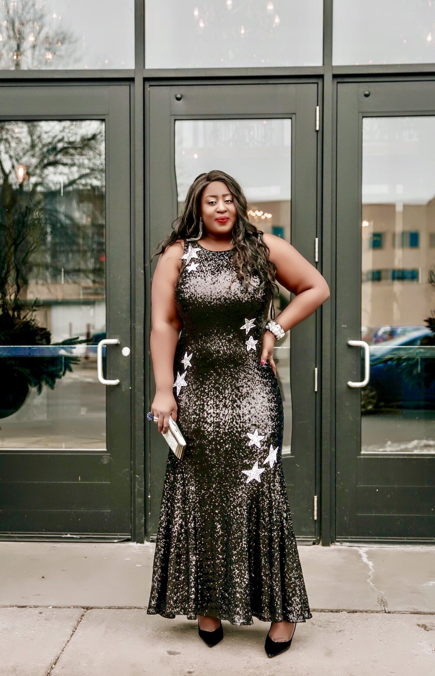 Black-beautiful-woman-in-black-gown