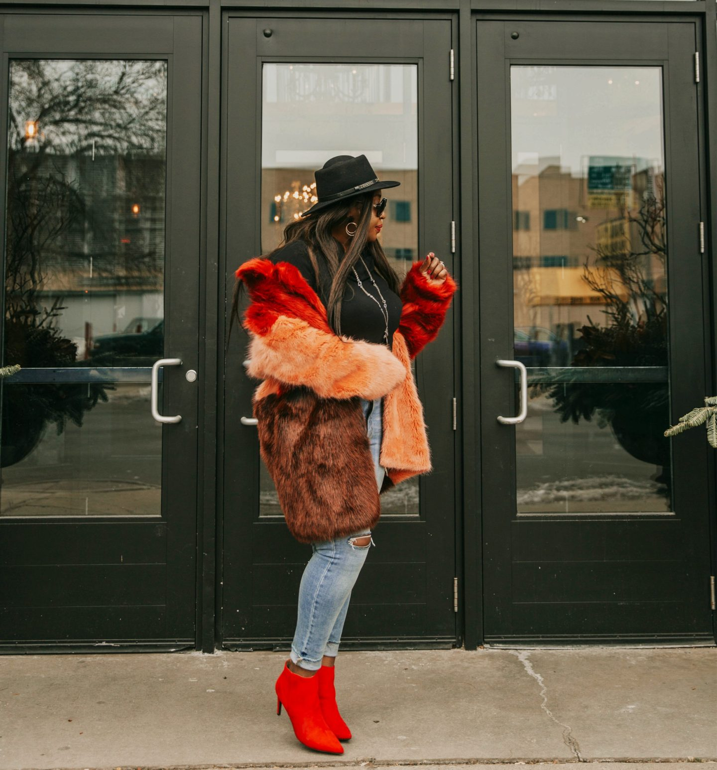 color-block-faux-fur-and-denim-style