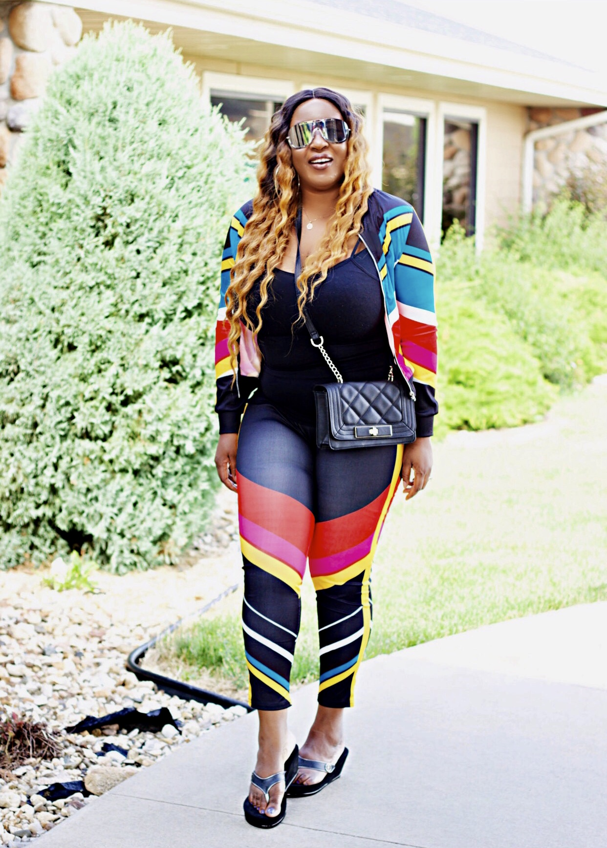 fashion-blogger-colorful-tracksuit