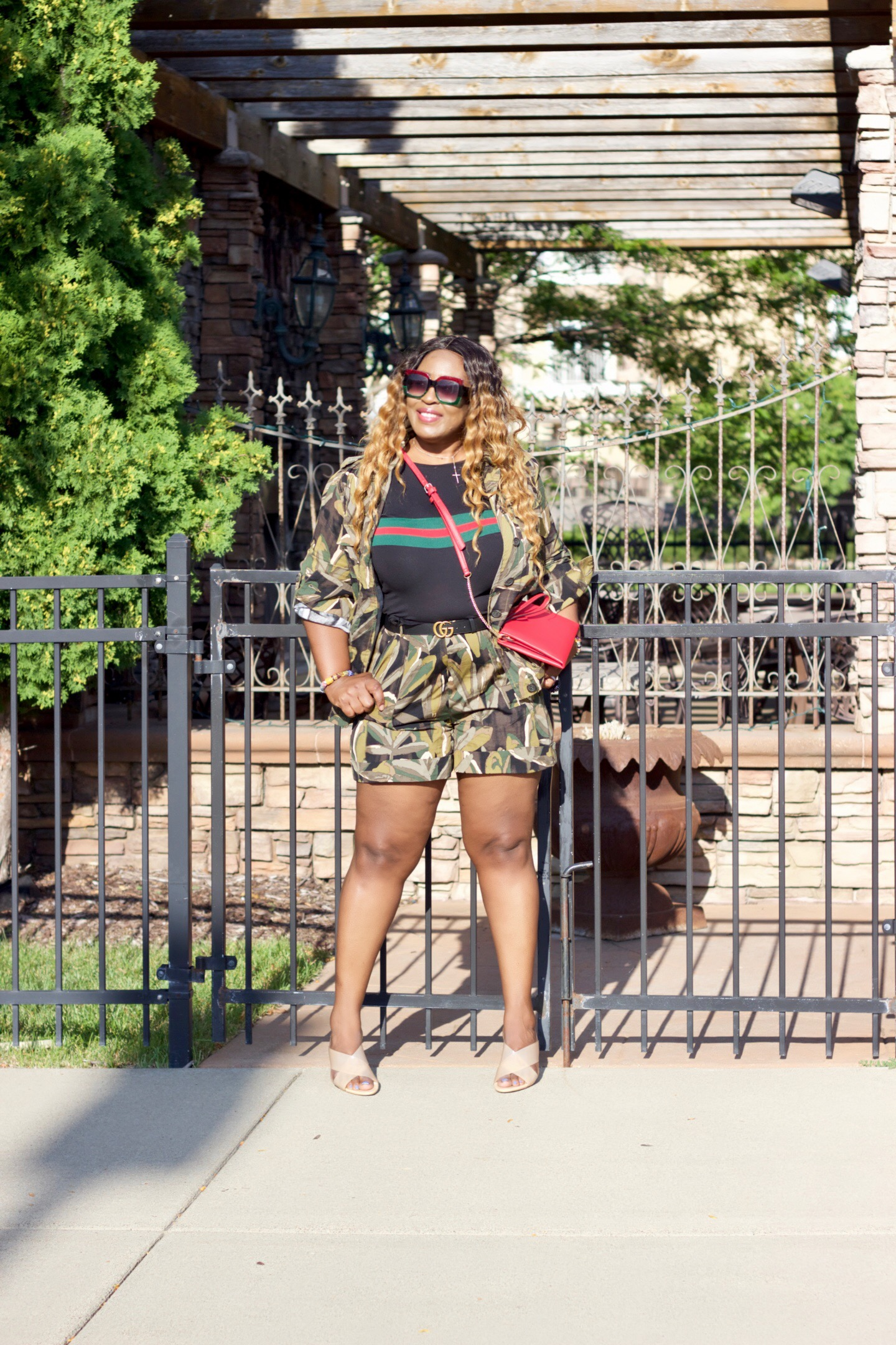 beautiful-camo-summer-transitional-outfit