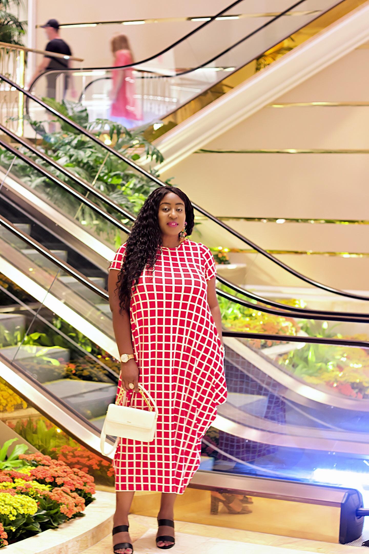 beautiful-red-dress-fashion-blogger