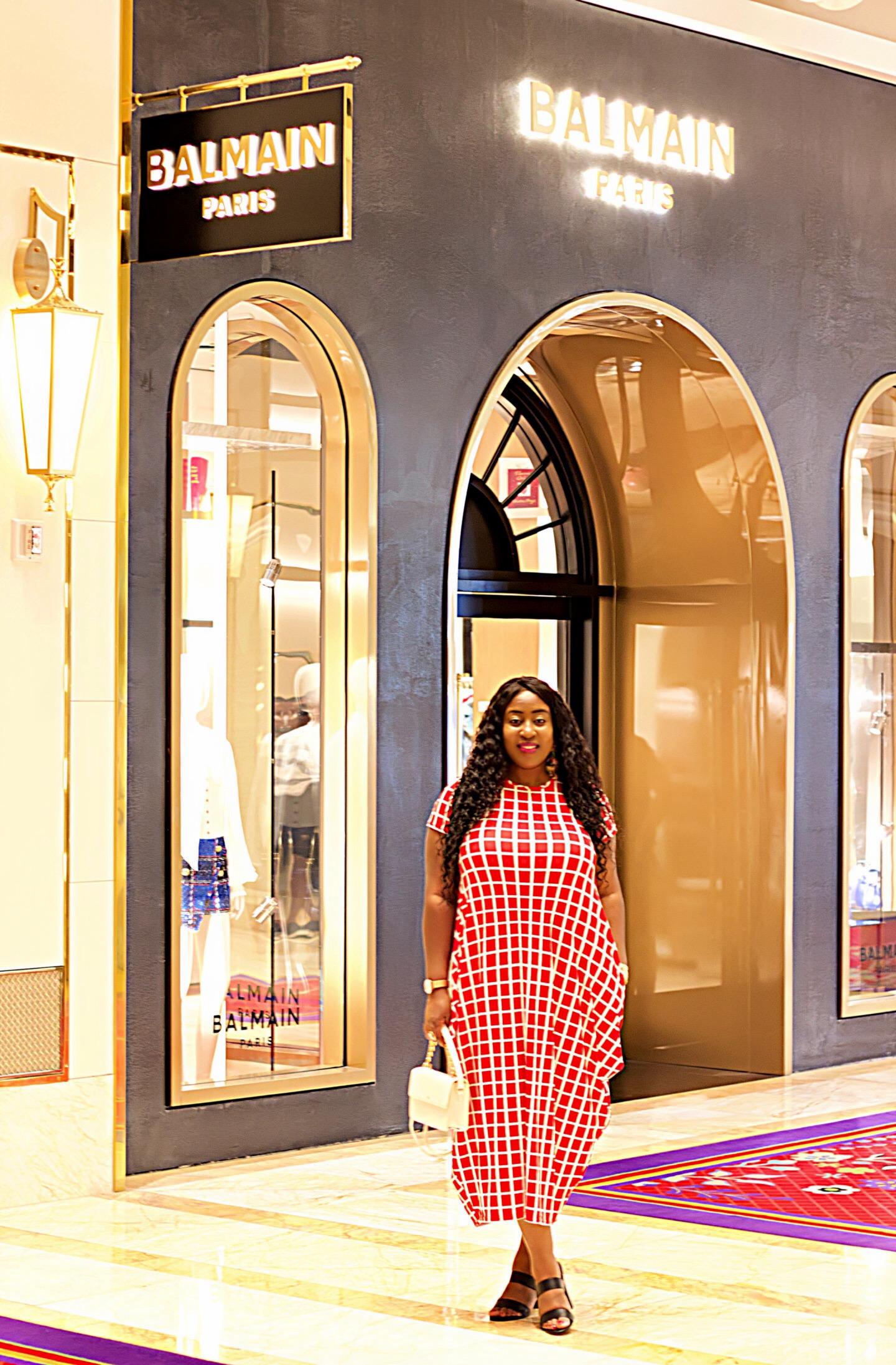 beautiful-black-influencer-lifestyle-travel-blogger