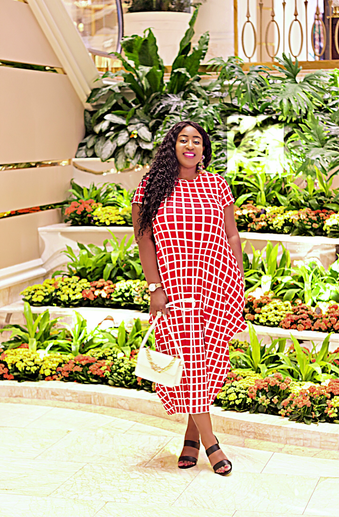 beautiful-checkered-red-dress-fashion-blogger