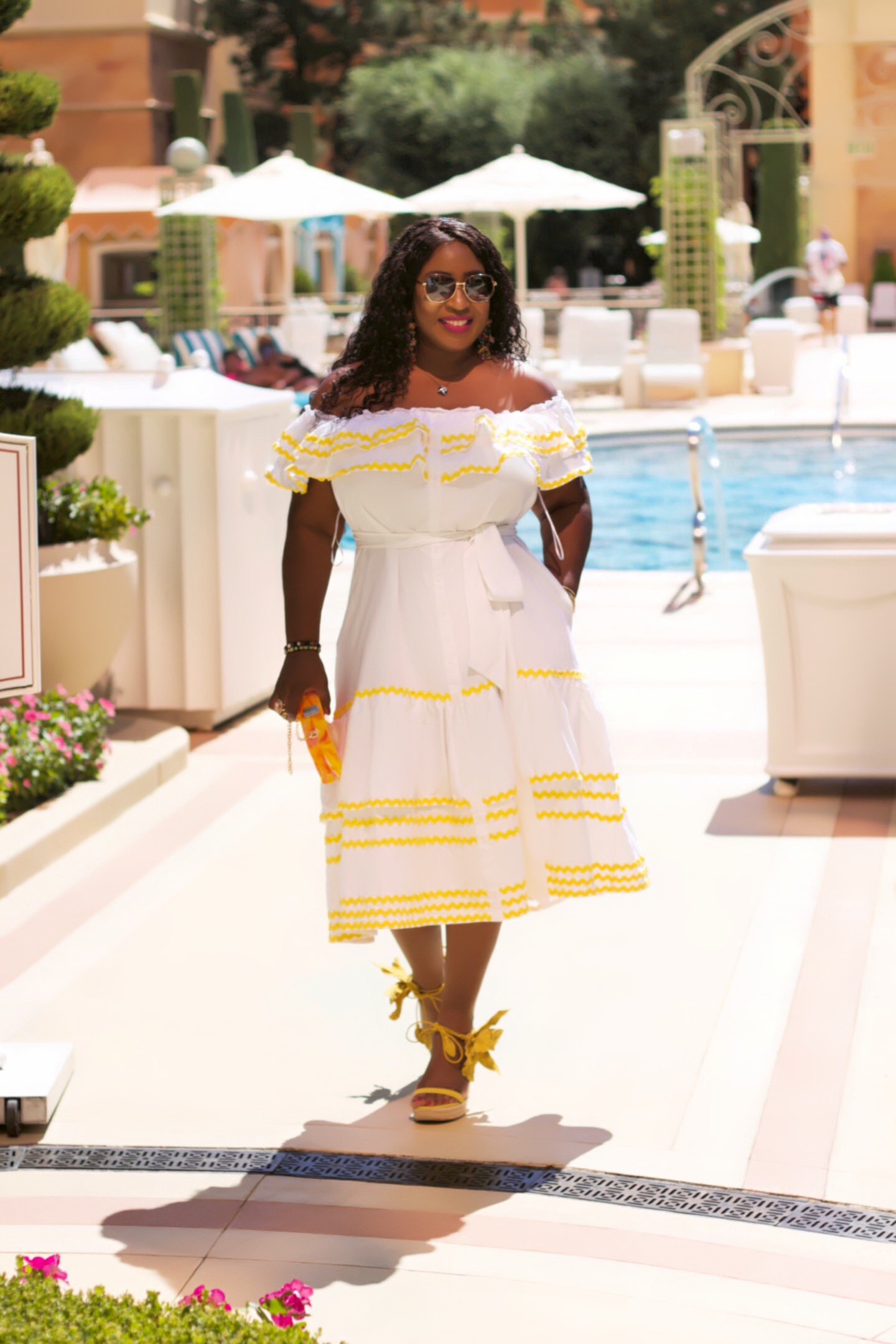 white-yellow-off-the-shoulder-style-poolside