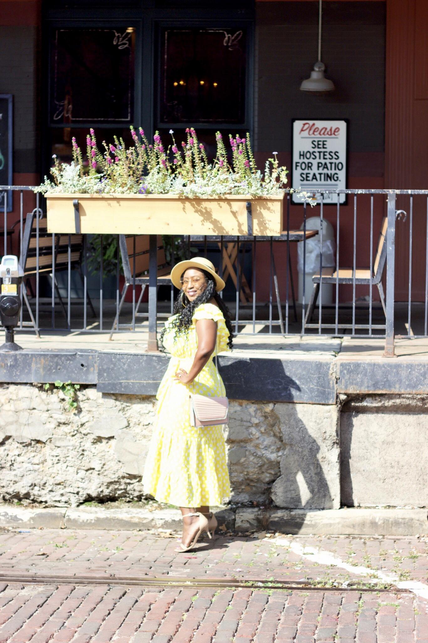 beautiful-yellow-polka-dots-dress