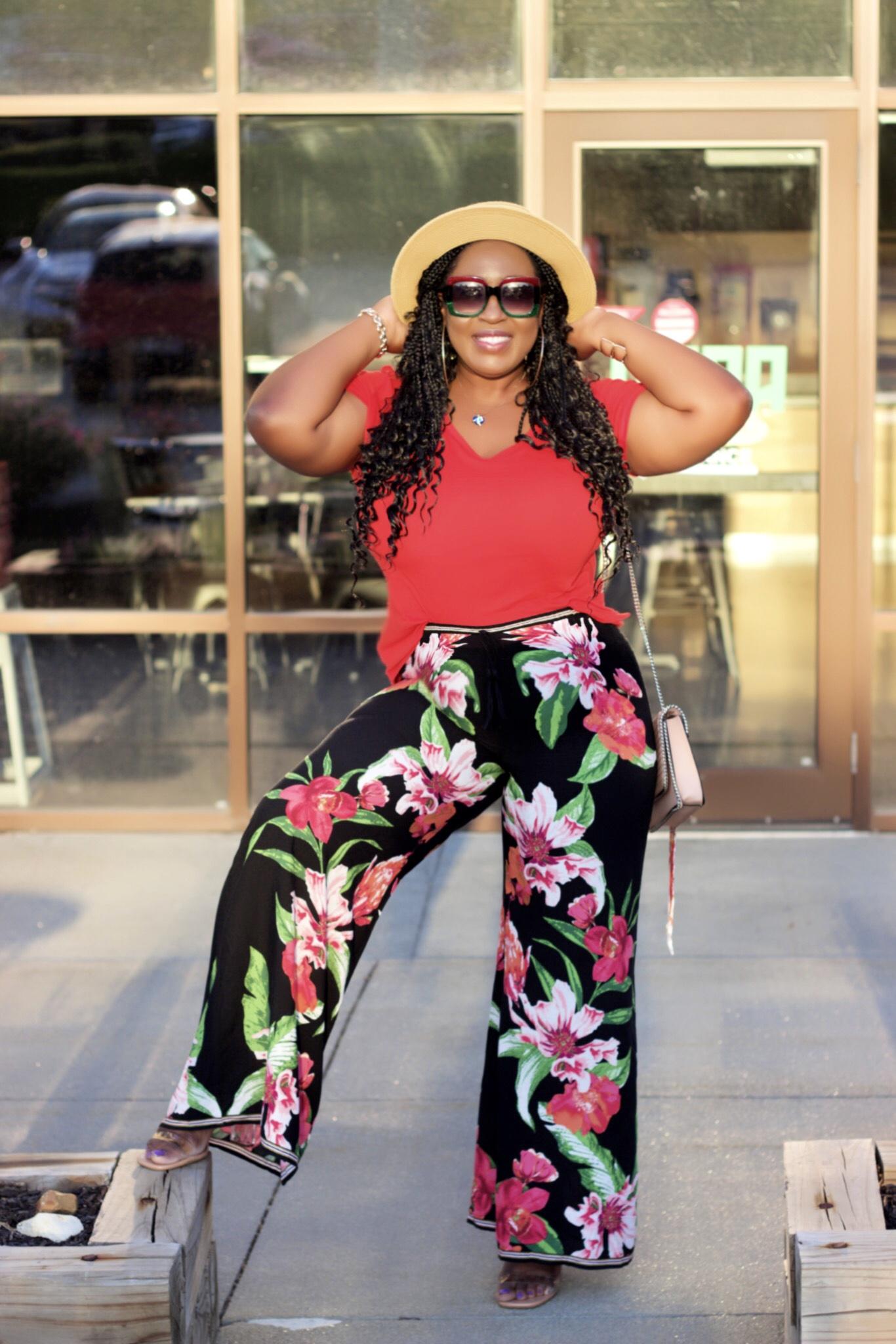 beautiful-floral-fashion-pants-basic-tee-black-blogger-hypnozglam