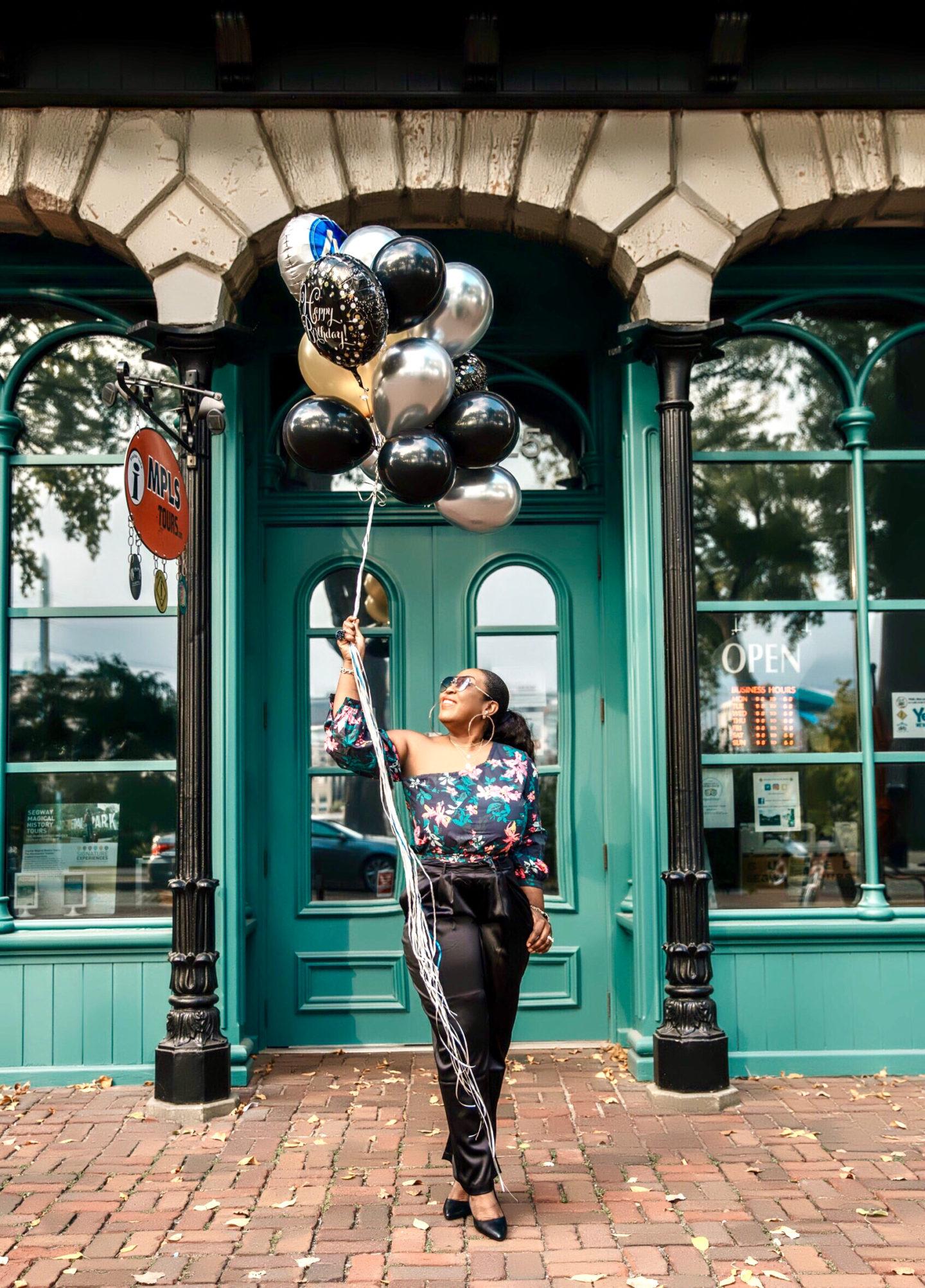 birthday-baloons-photo-shoot-prints-top