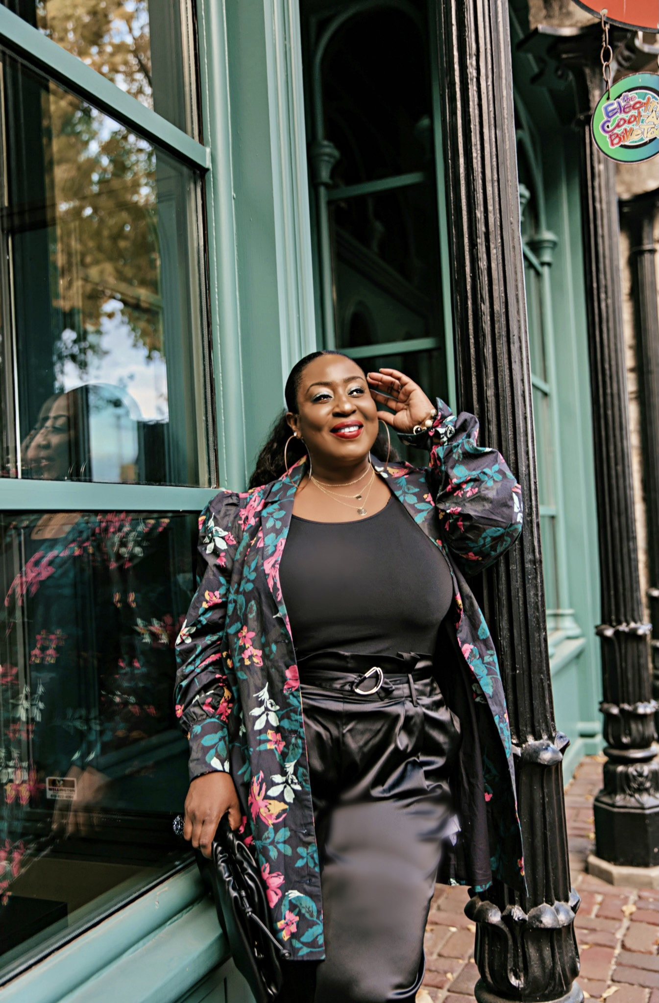 How to wear your oversized floral print blazer dress –  Part 1