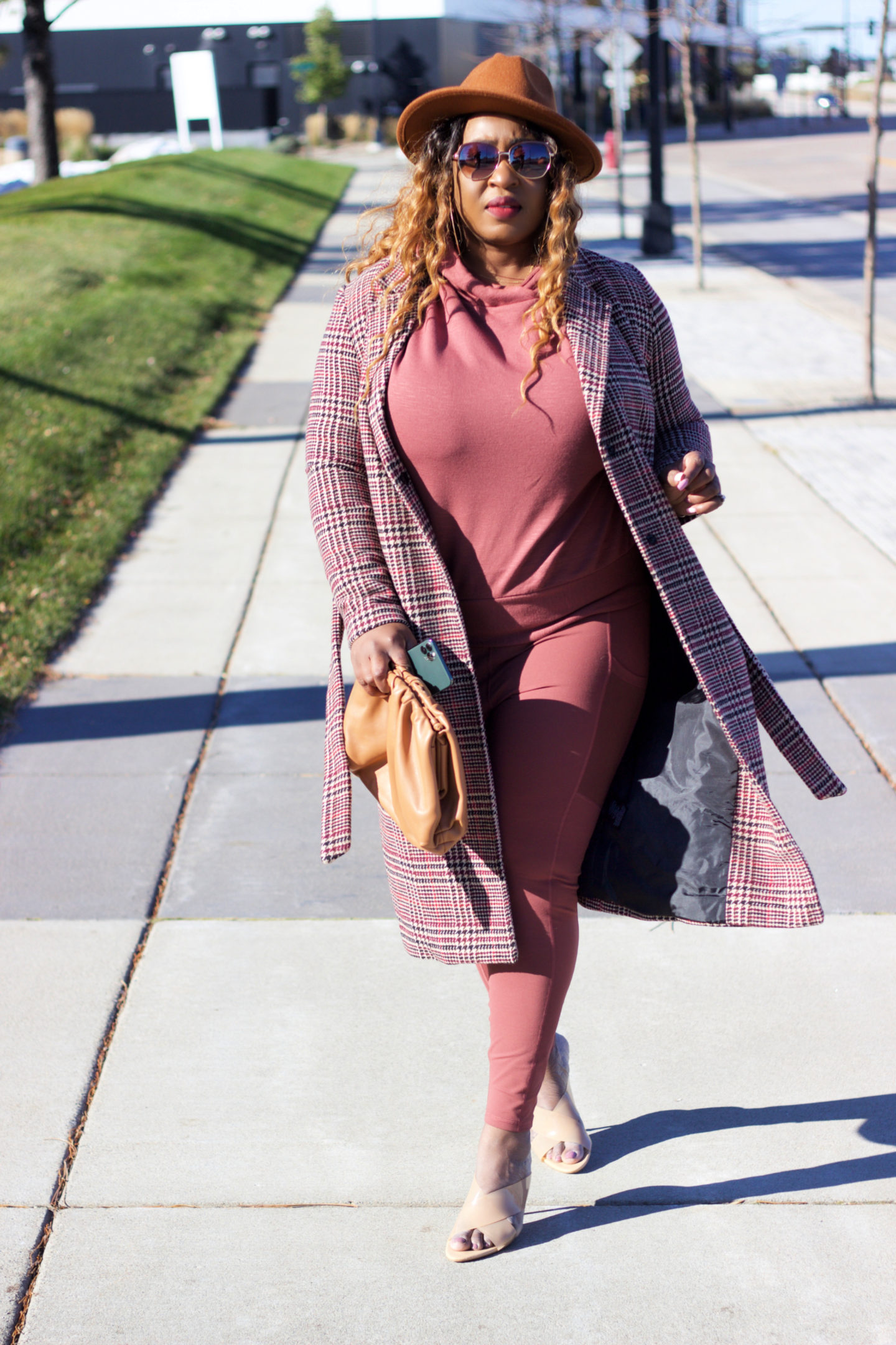 beautiful-brown-pink-sweater-legging-plaid-coat