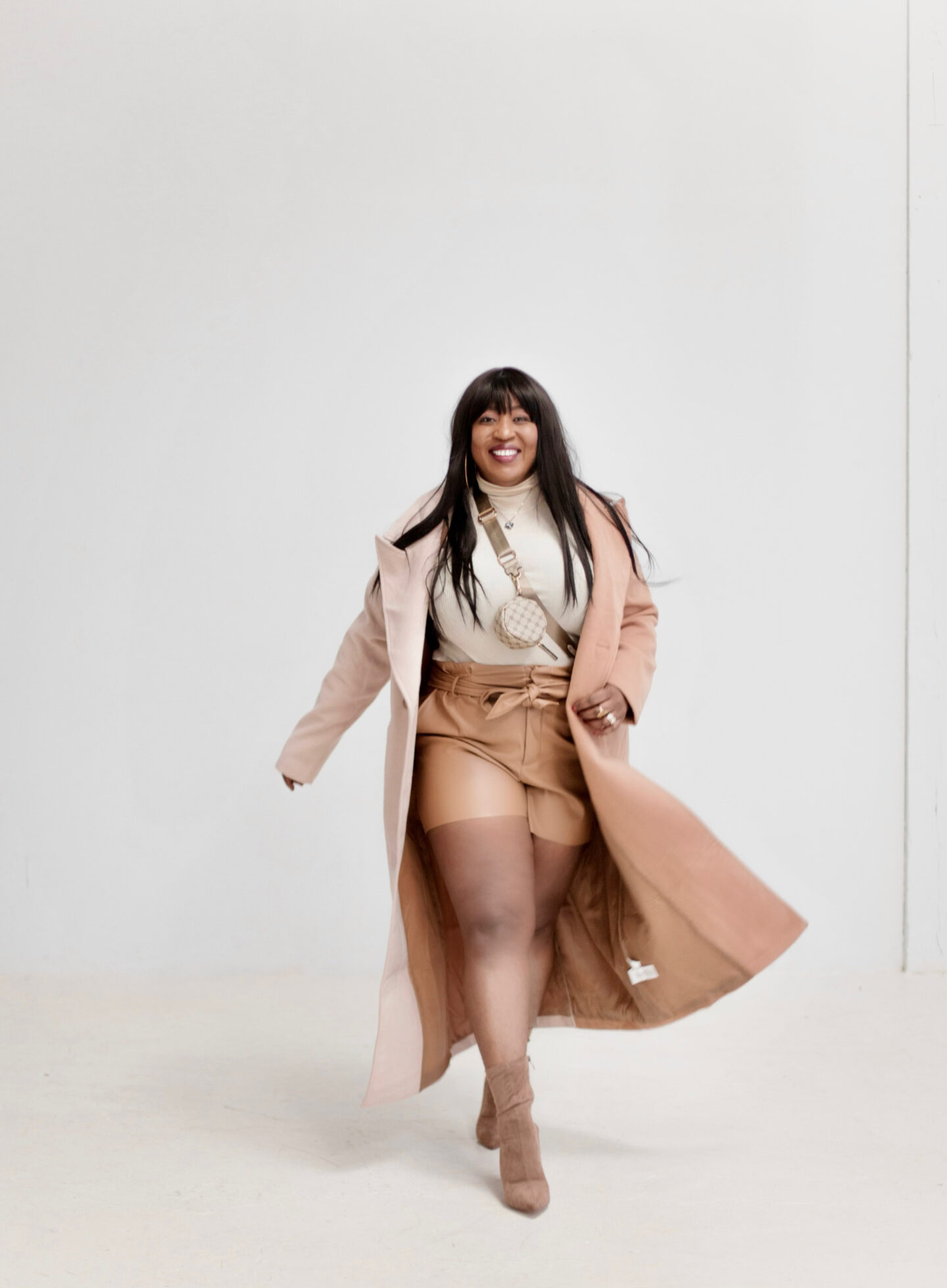 camel-coat-leather-shorts-neutral-style-hypnozglam