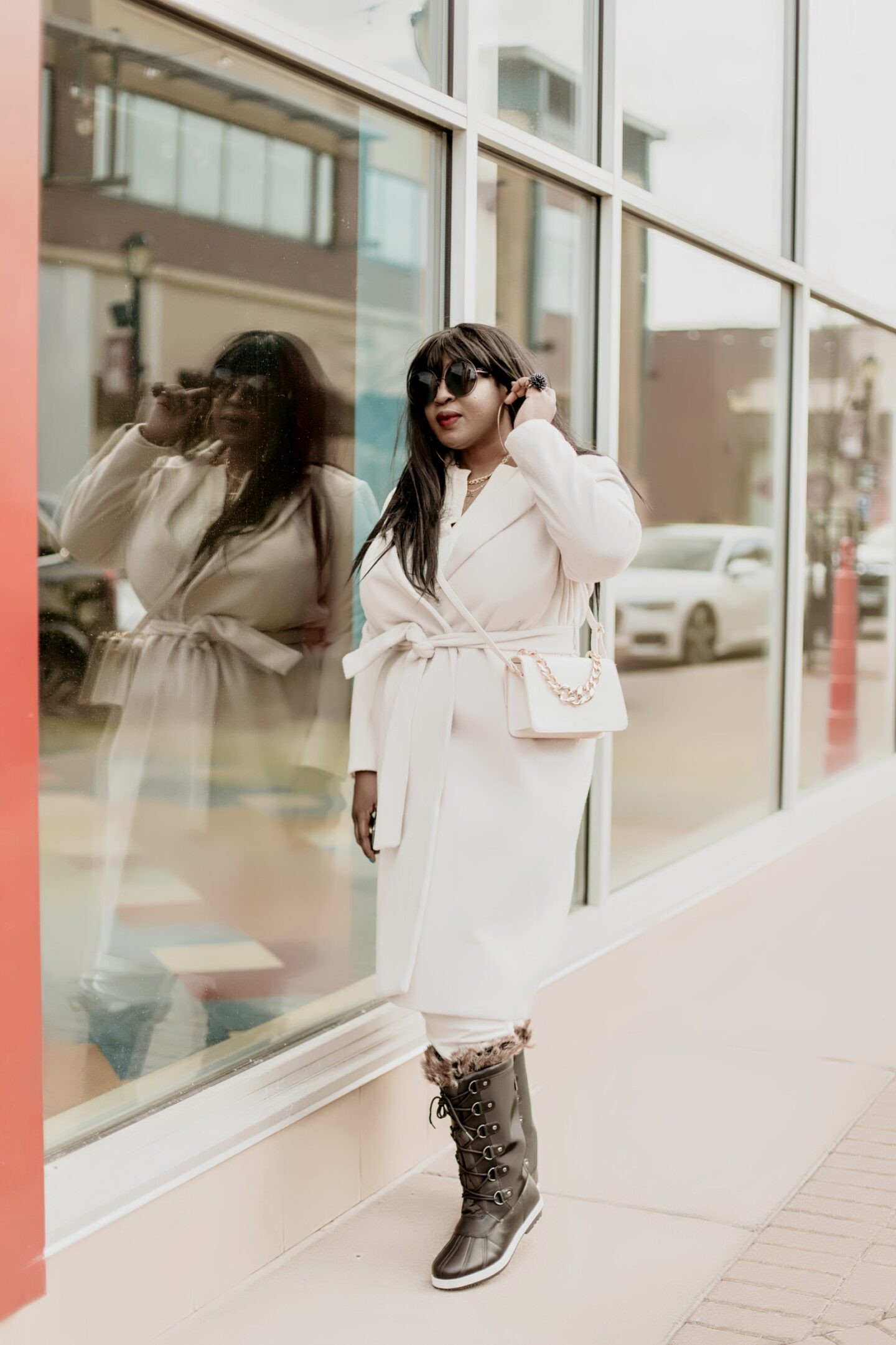 All-white-outfit-lounge-wear-white-coat-hypnozglam