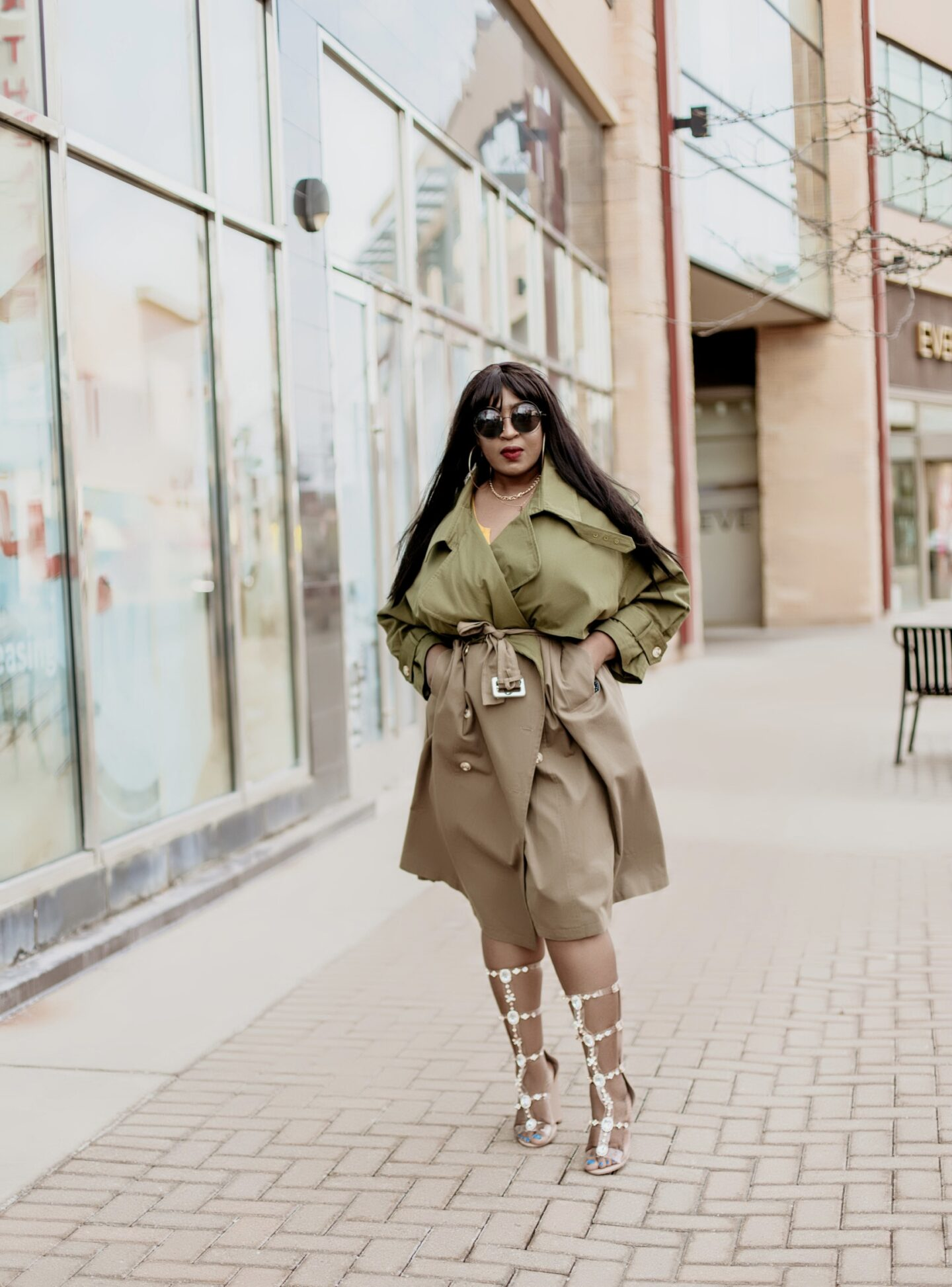 Spring-fashion-two-tones-trench-coat-hypnozglam